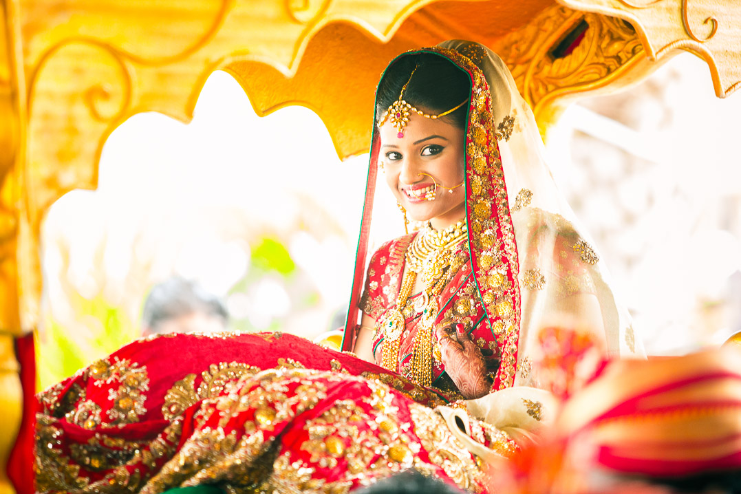 candid wedding photography Kerala